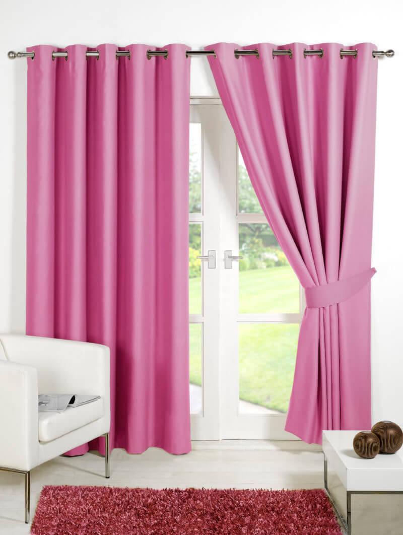Розовые шторы димаут